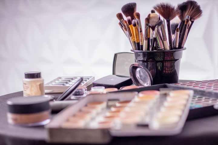 Airbrush vs. TraditionalMakeup